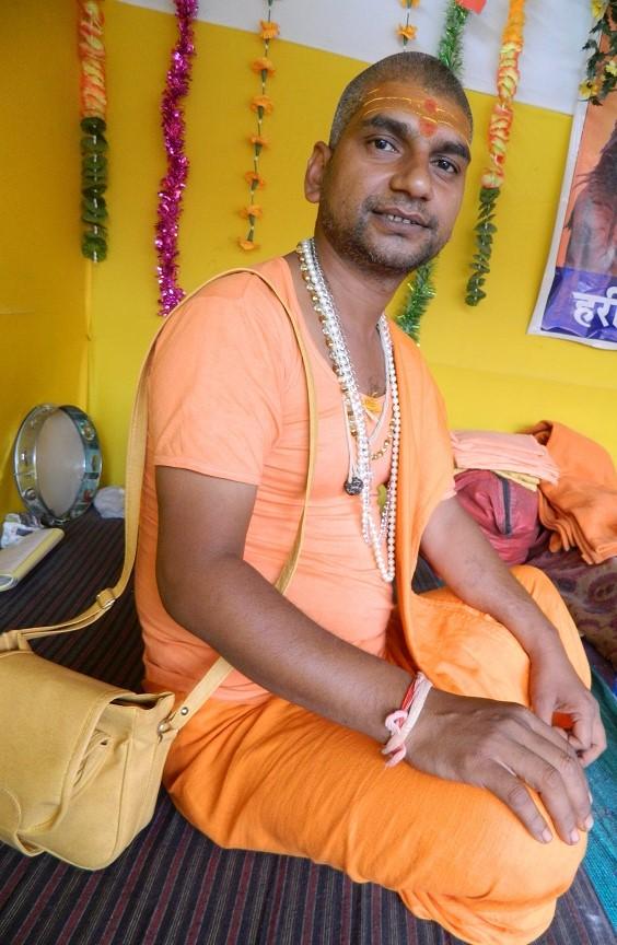 Yogi Yoganand Giri