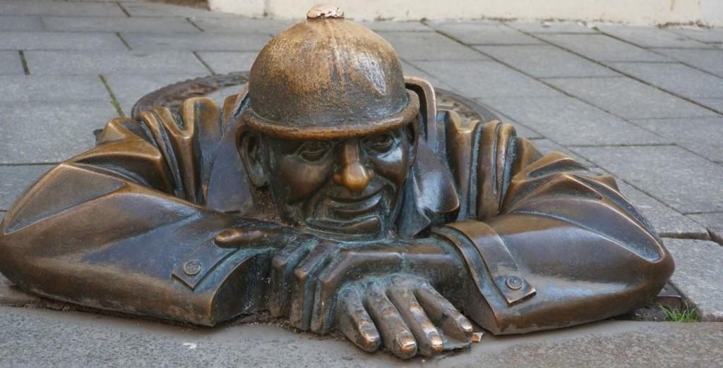 Statue of Cumil